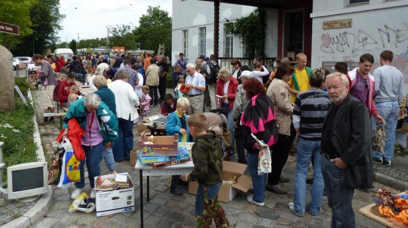 Biesenthaler Verschenkemarkt 2011
